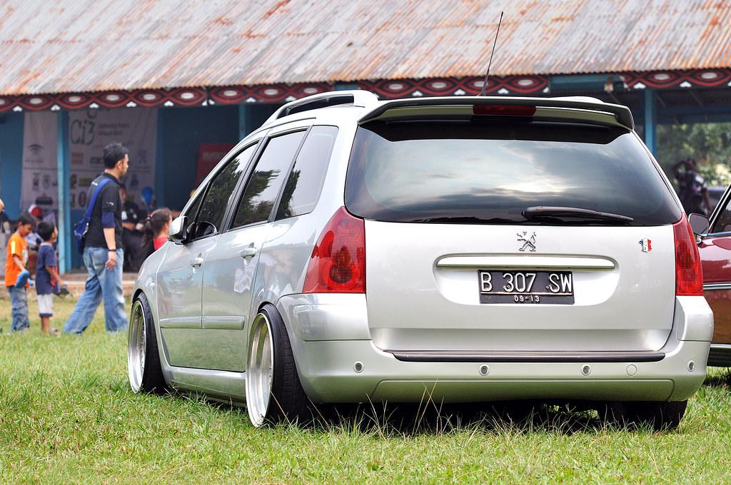 Peugeot 307 SW | Danny KADARISMAN | Flickr