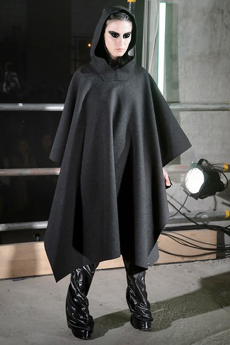 Gareth Pugh Fall 2017 Ready-to-Wear
