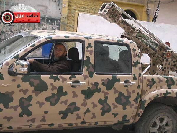 syria-sniper-cannon-aleppo-2014-snn-1