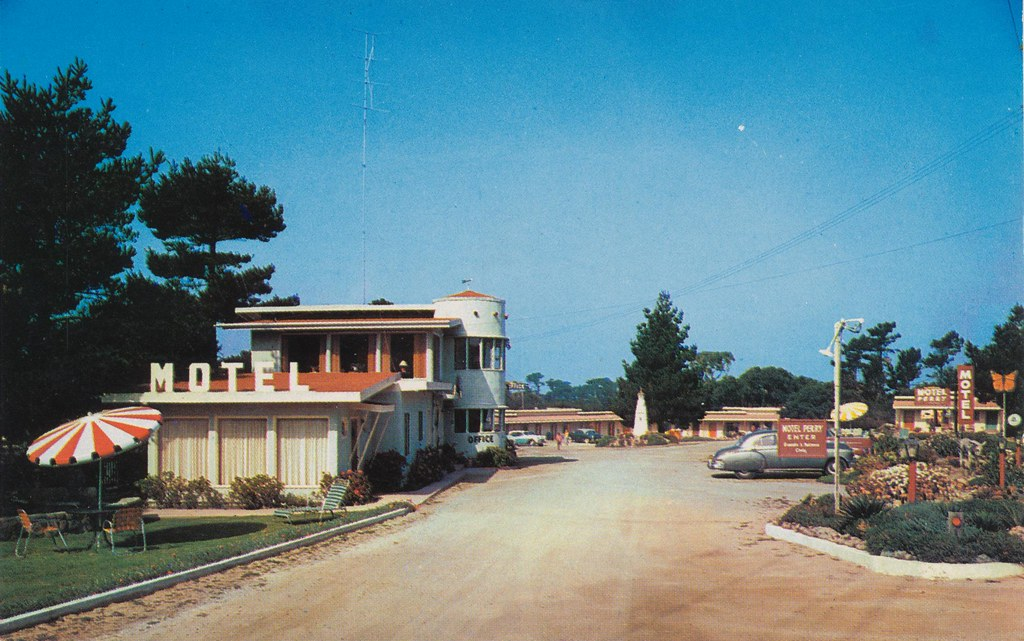 Motel Perry - Pacific Grove, California