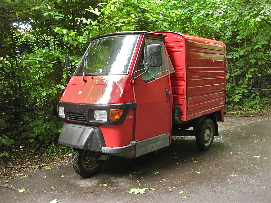 ... ClassicsOnTheStreet PIAGGIO APE 50 Europe, mini transporter | by  ClassicsOnTheStreet