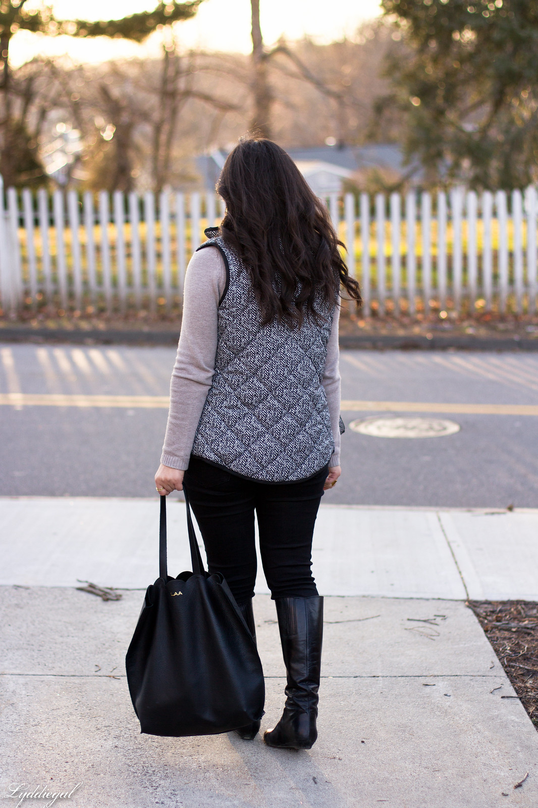 cowl neck sweater, herringbone vest, black jeans, matine scalloped tote-9.jpg