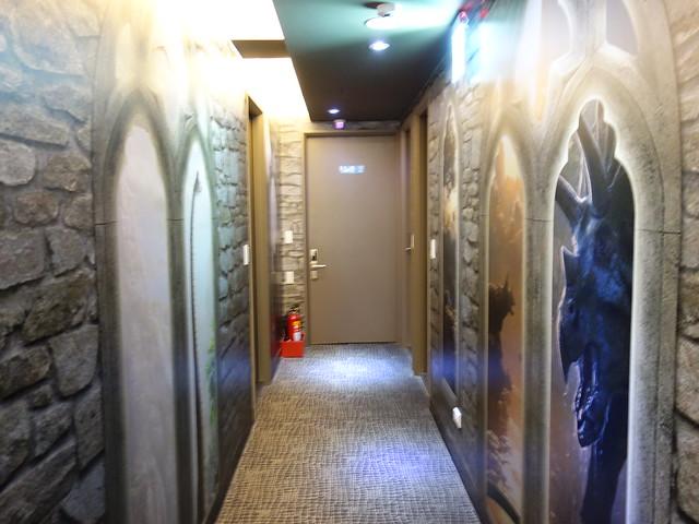 三樓主題:恐龍圖書館@清翼居童話館,近台北車站的住宿選擇