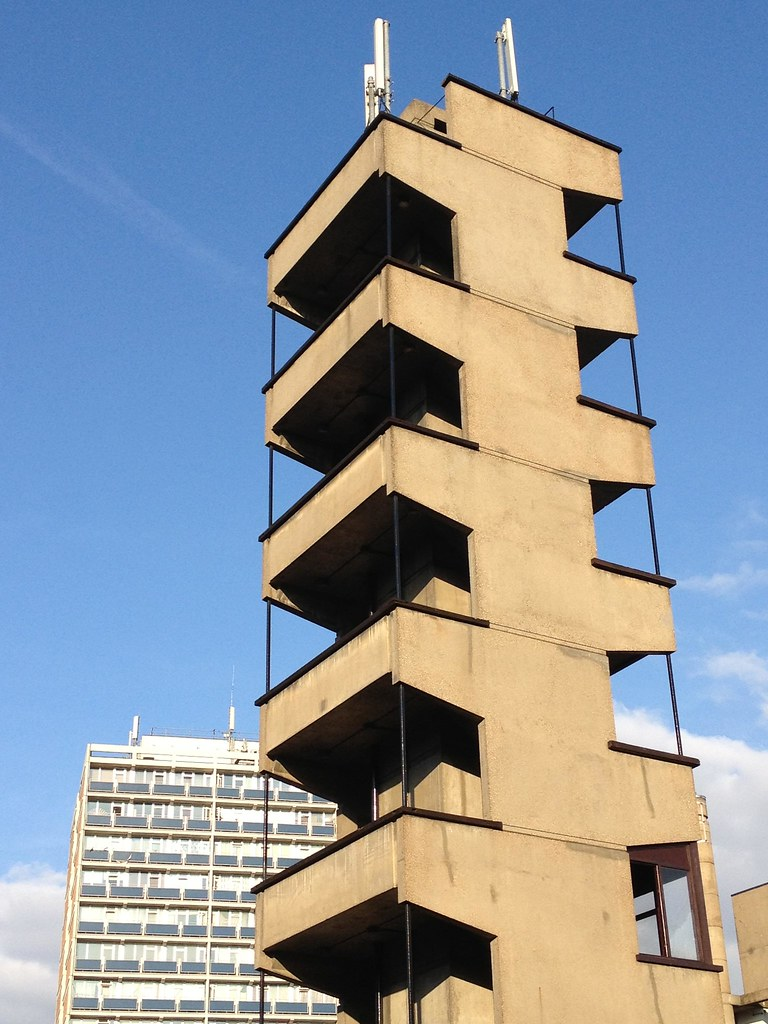 Shoreditch Station: Shoreditch Fire Station, London, UK (LCC Architects