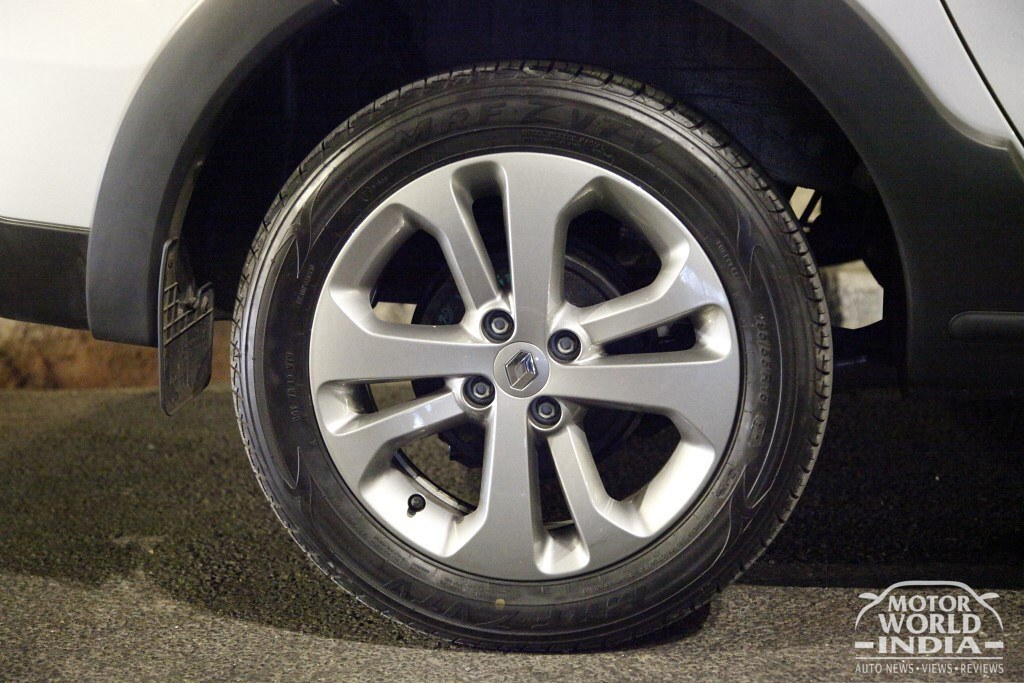 2017-Renault-Lodgy-Stepway-Alloy-Wheel