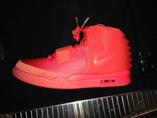 Nike Yeezy  Red October Shoes