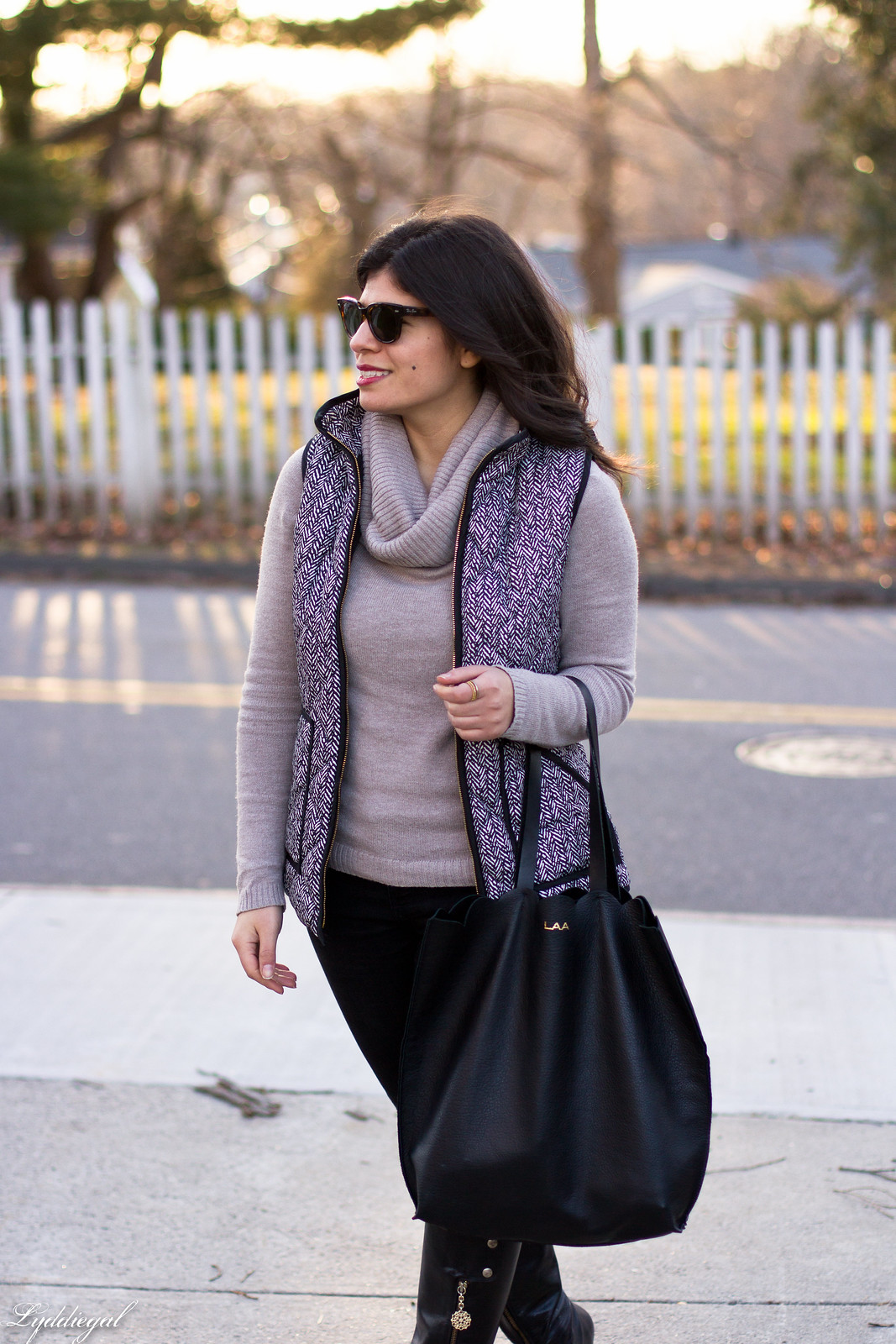 cowl neck sweater, herringbone vest, black jeans, matine scalloped tote-10.jpg