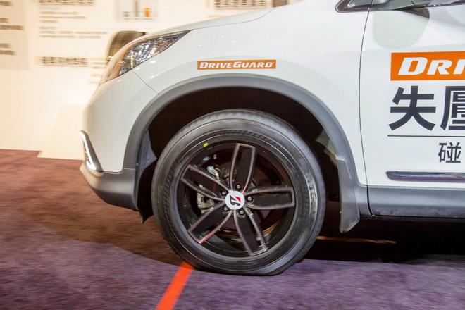 DriveGuard失壓續跑胎在無胎壓情況下能以時速80公里的速度行駛80公里的距離