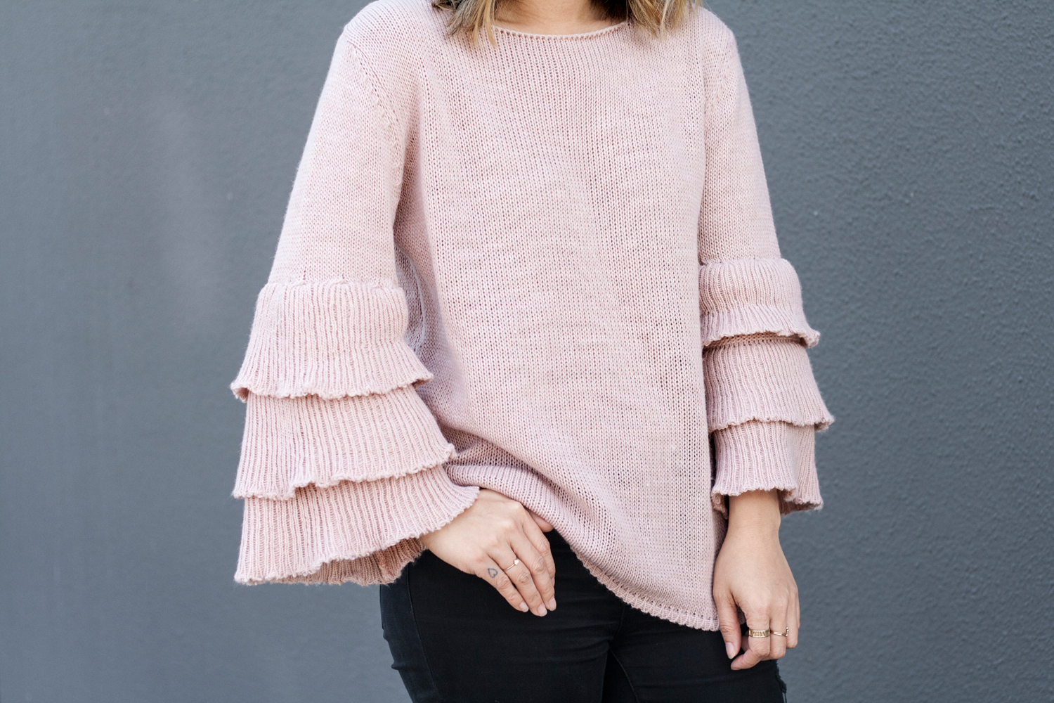 02ruffles-statement-sweater-sf-fashion-style