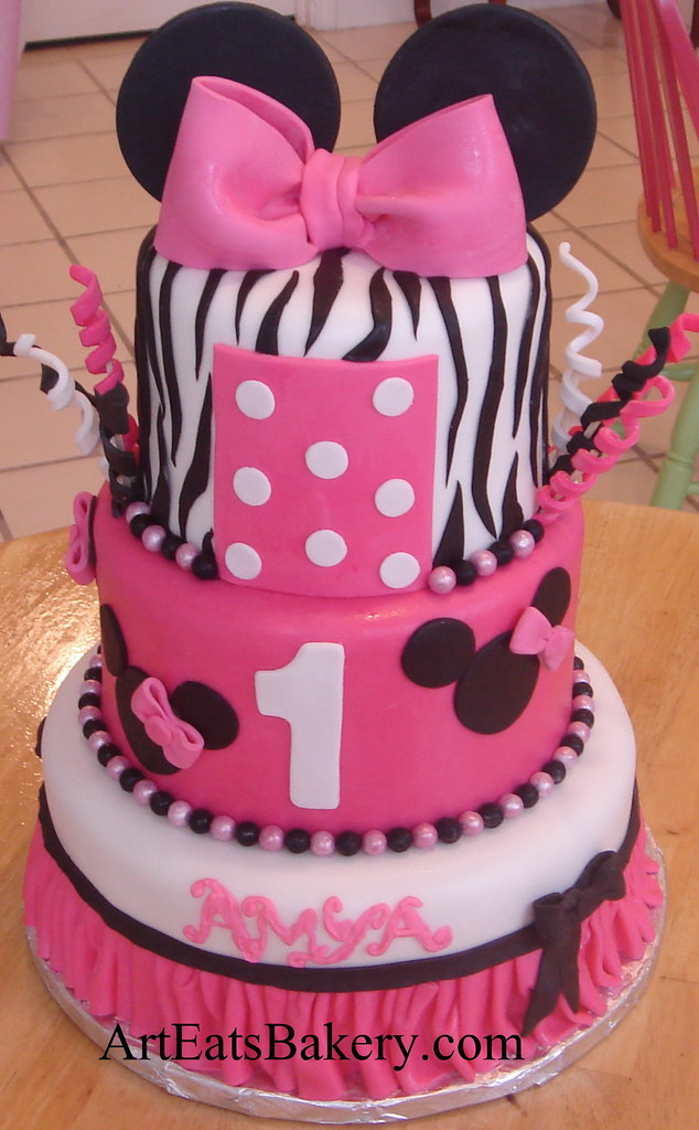 Three tier Minnie Mouse creative fondant birthday cake des Flickr