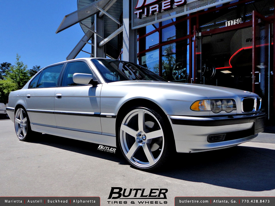BMW 740il With 22in TSW Panorama Wheels