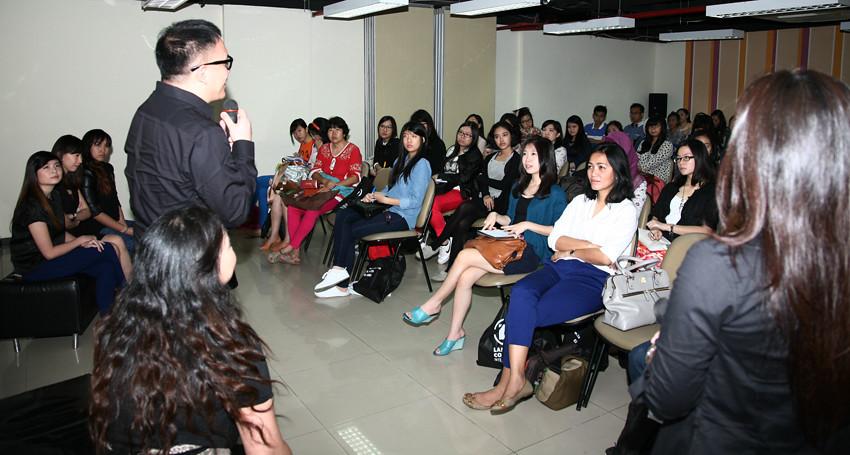 By LCI Indonesia LaSalle College International Jakartas Open House September Intake 2013