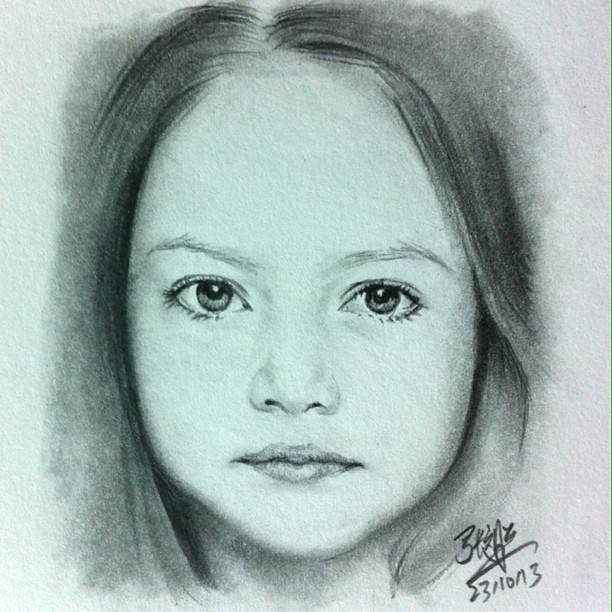 She reminds me of my quick 1 hr pencil sketch of the angelic mackenzie foy she reminds me of my