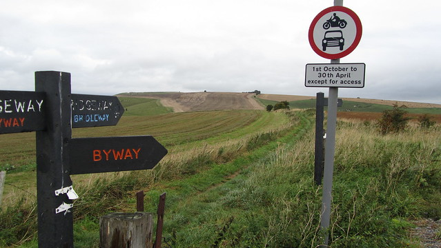 Bridleway to Liddington Castle