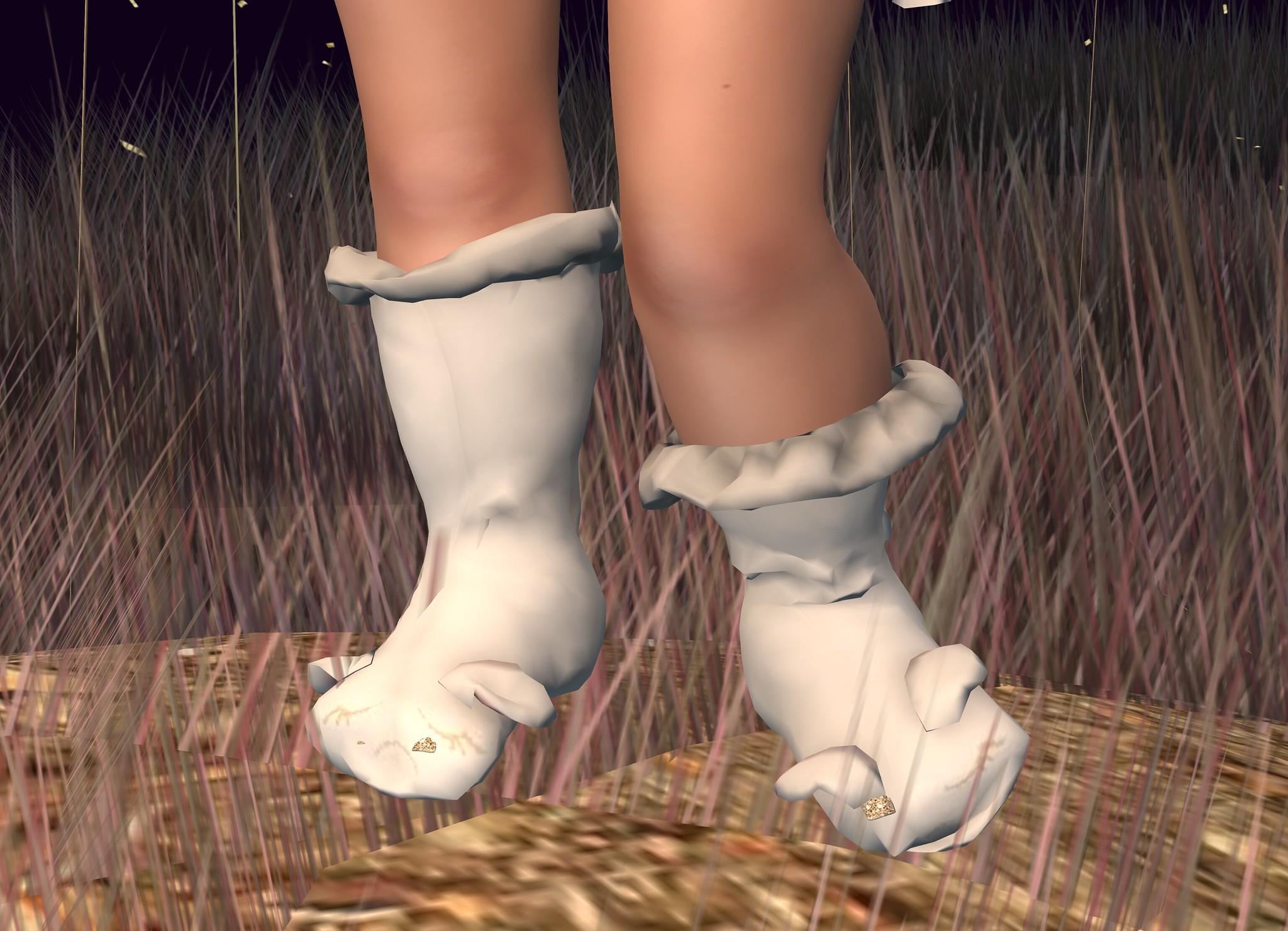 Lamb Outfit Messy Lamb Socks