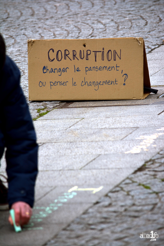 [26 Février 2017] – Un jour, une photo… Abécédaire de la corruption