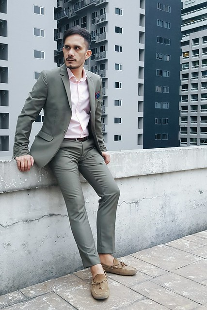 halfwhiteboy - pink shirt and army green suit 07