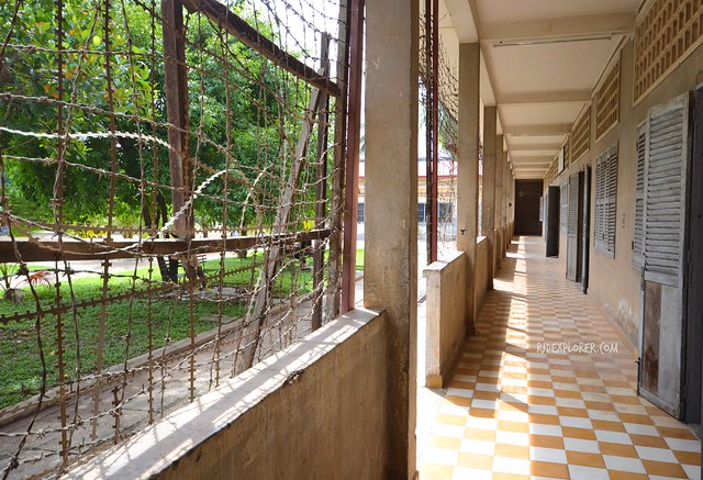 vietnam cambodia thailand itinerary indochina itinerary tuol sleng genocide museum