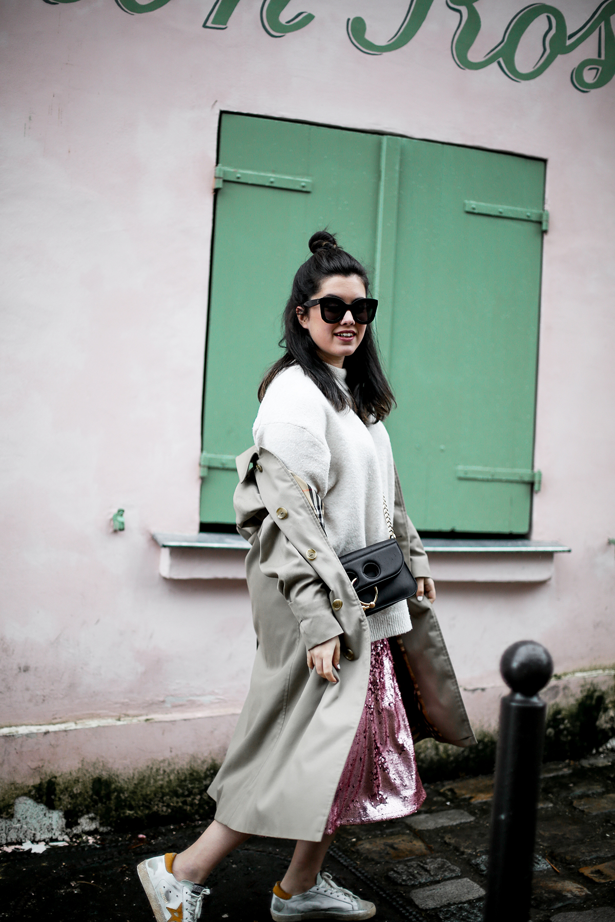 pink-sequin-skirt-hm-golden-goose-sneakers-vintage-burberry-trench-streetstyle4