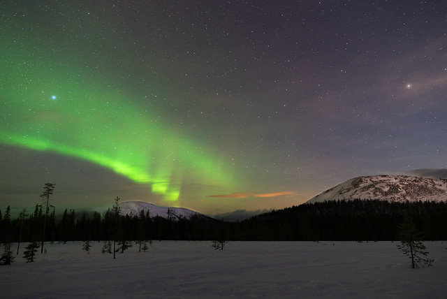 Northern Lights above Äkäslompolo.