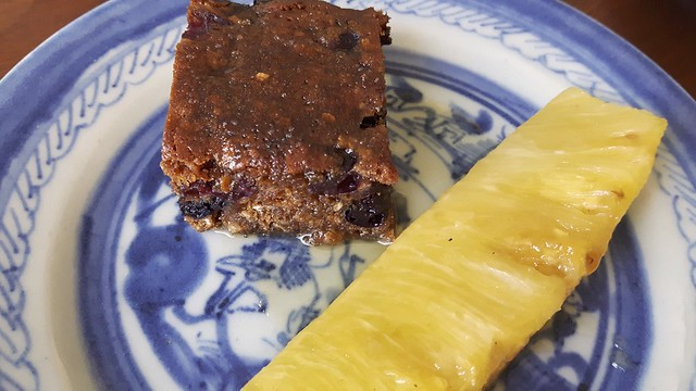 Molasses Cake Pineapple 33