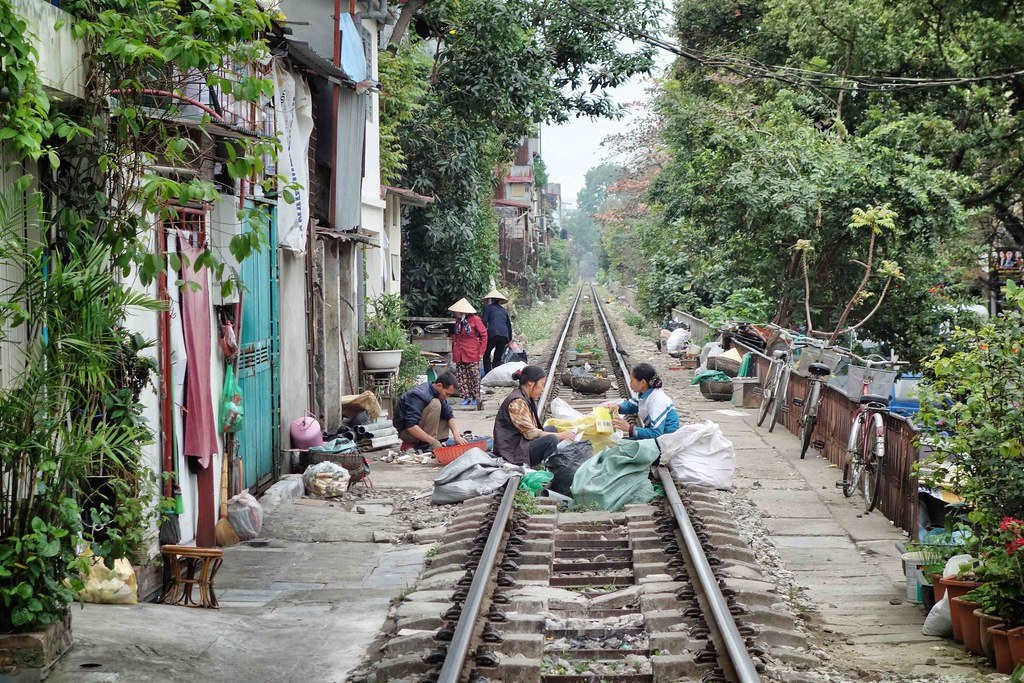 Hanoi - Street - Rail Road 1