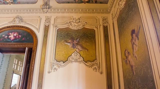 Little angel wall boiserie painting