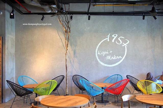 1957 Kopi + Makan  @ De Centrum Mall, Kajang