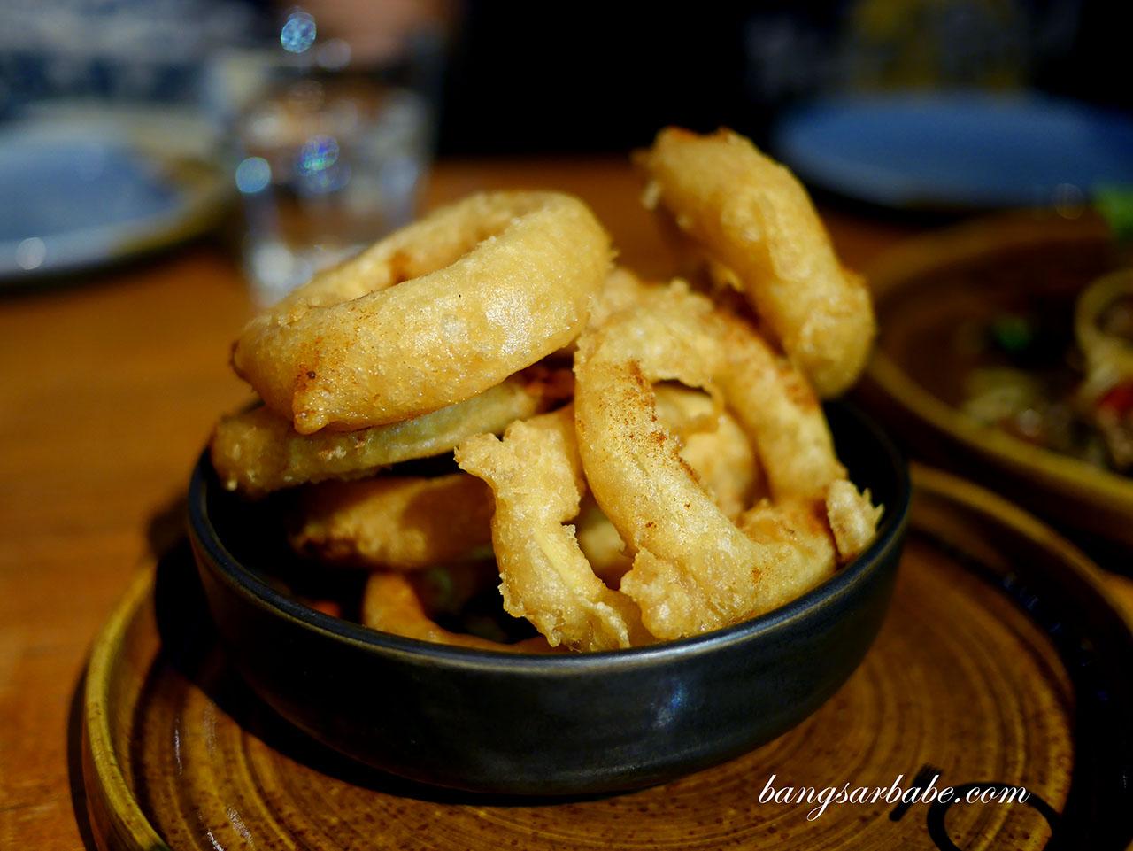 Buttermilk Crispy Onion Rings
