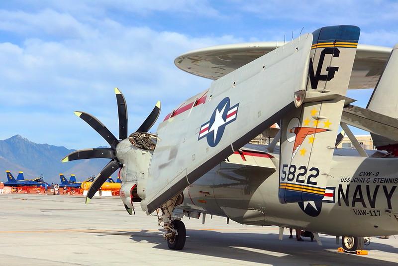 IMG_2515 E-2C Hawkeye