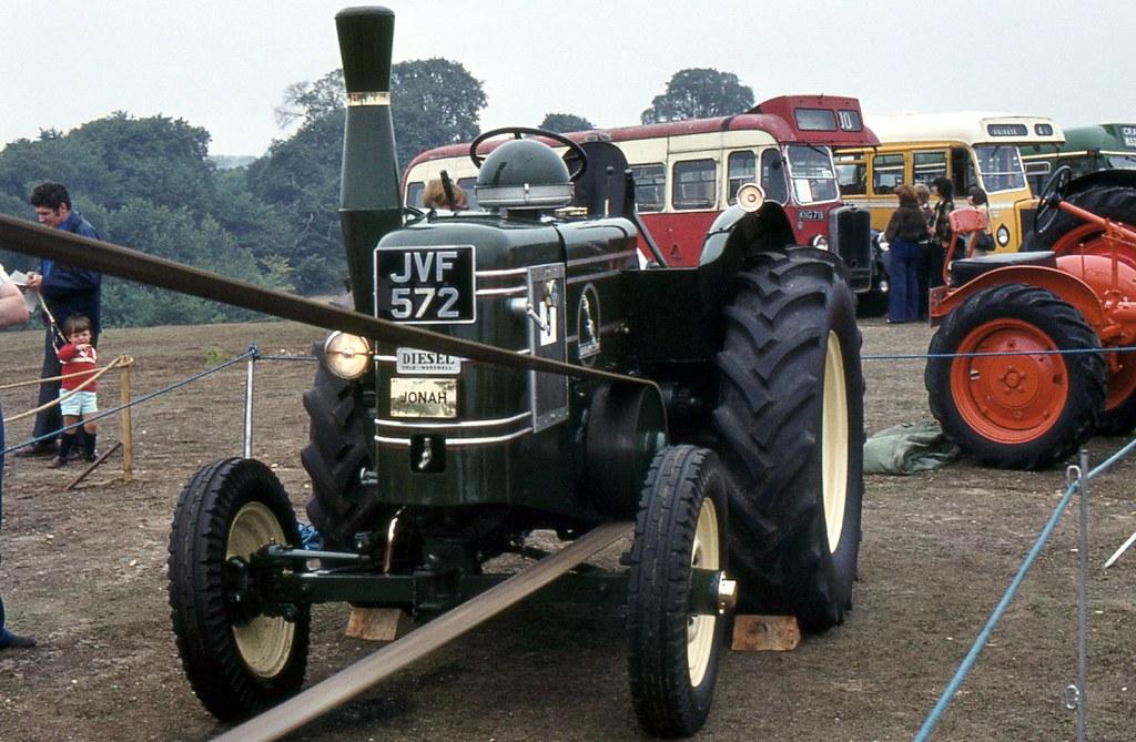 jvf 572 1949 field marshall tractor seckford hall rally flickr