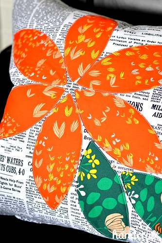 Orange Blossom Pillow | by Nicole at Modern Handcraft