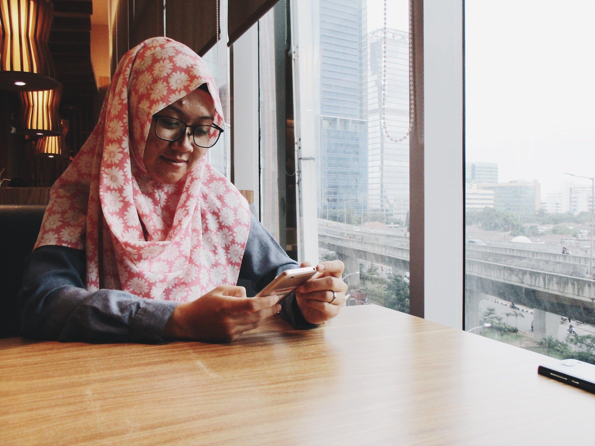 Beli Aneka Hijab Instan di Tokopedia | Hola Darla