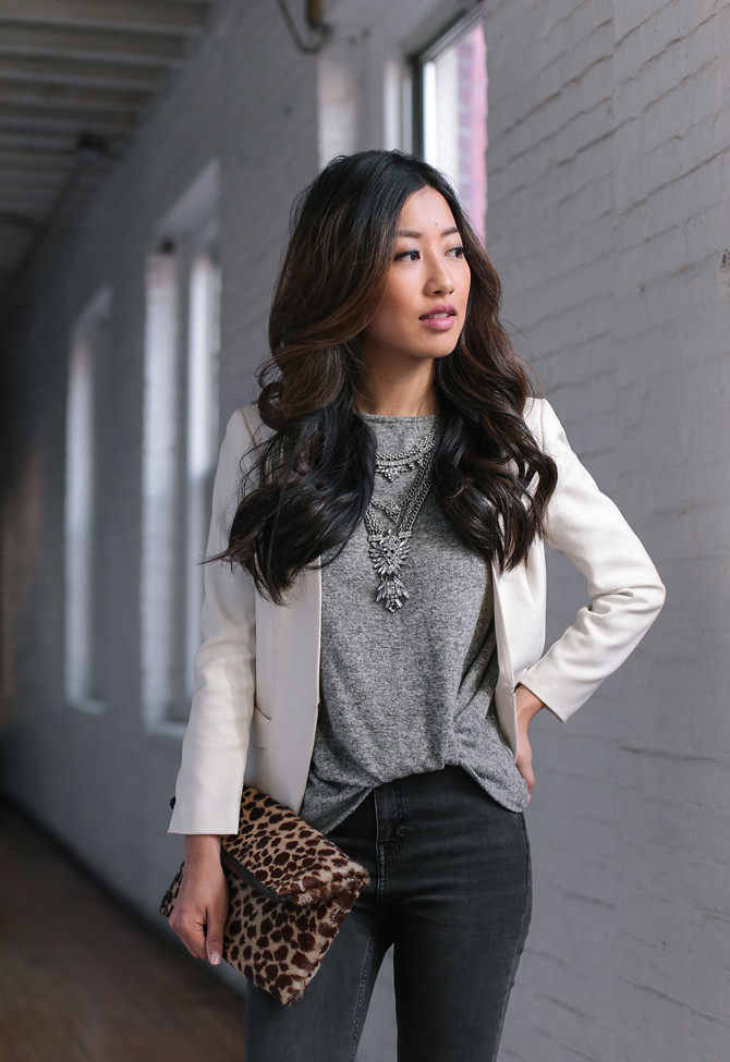 casual friday dress code jeans blazer outfit