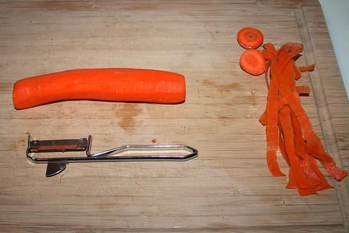 15 - Möhre schälen / peel carrot