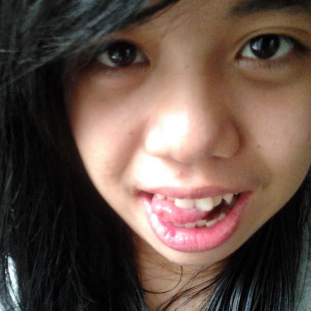 Pics Two Lips Teen 54