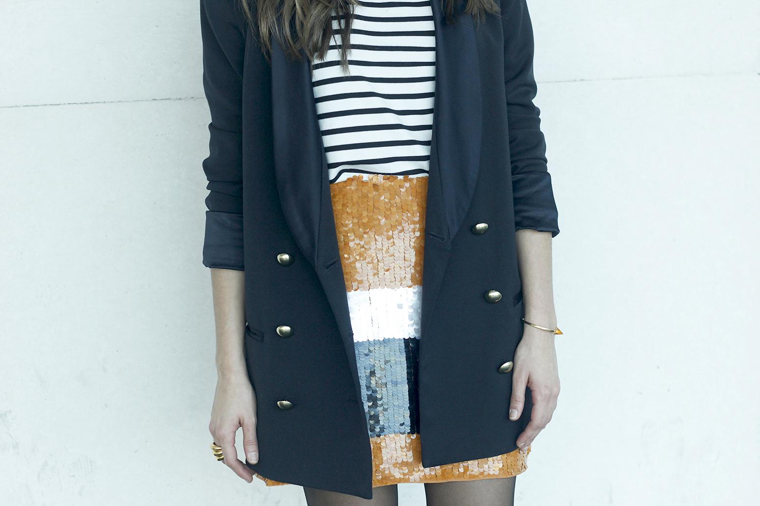 Striped T-Shirt Sequin skirt black blazer madrid fashion week street style fashion outfit04.jpg02