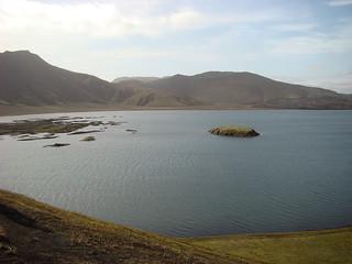 104 Korte tussenstop bij Frostastaða-vatn