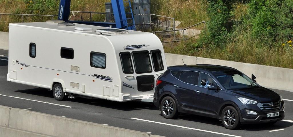 ... Hyundai Santa Fe Premium Se Crdi | By Charles Dawson