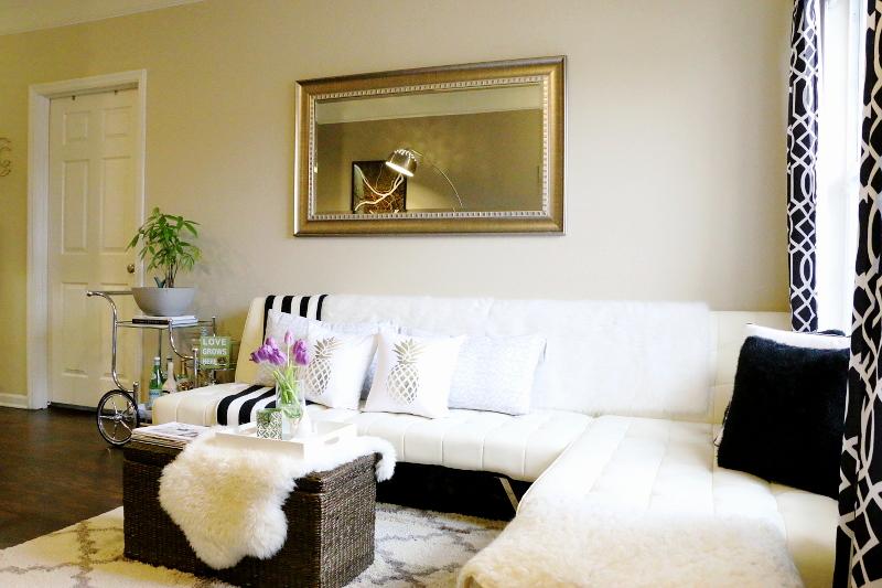 living-room-sectional-sofa-tulips-bar-cart-2