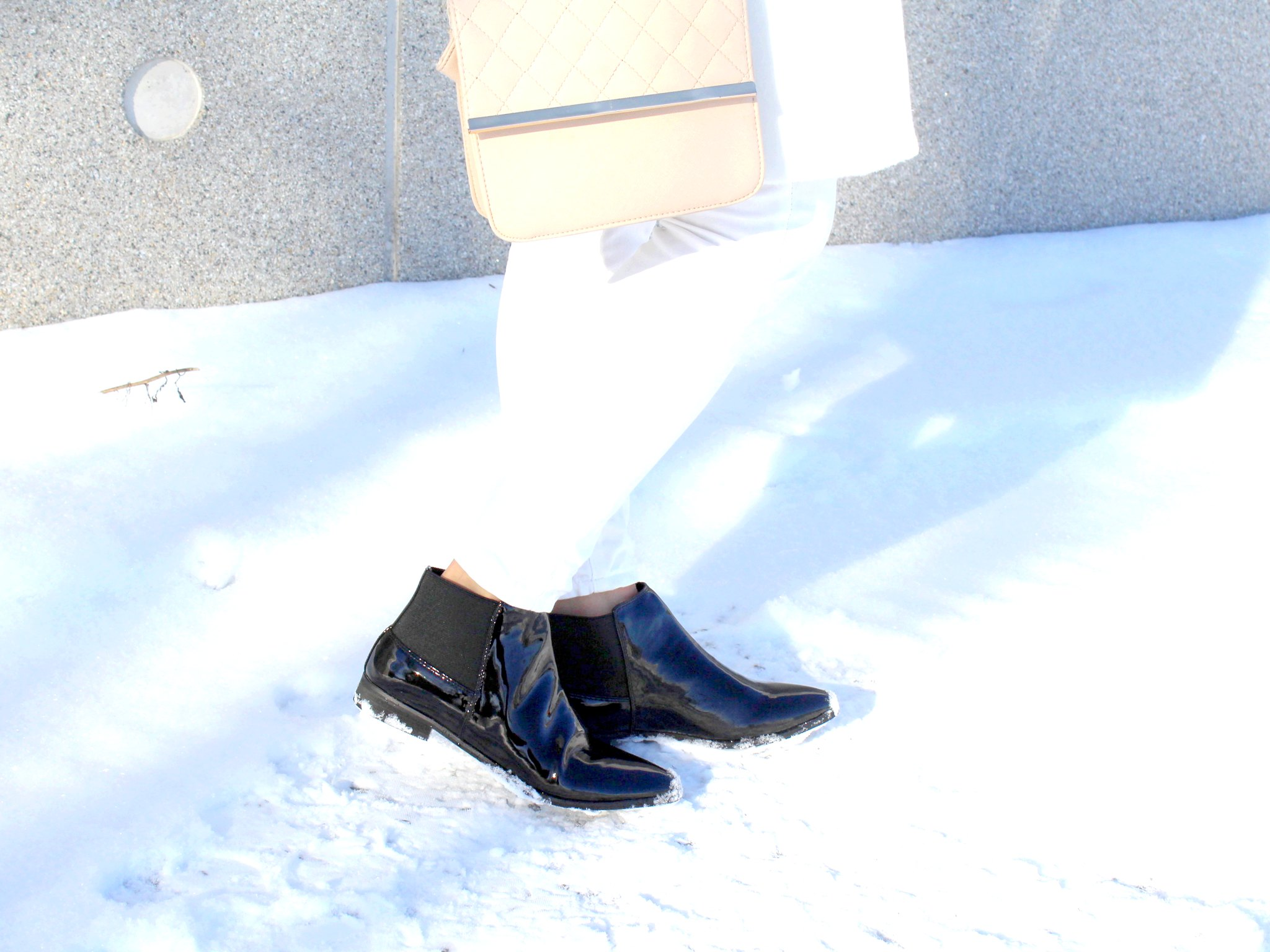 Mustat kengät