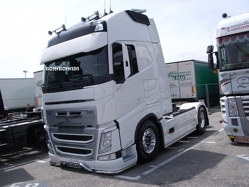 volvo fh4 tuning tomtom191 flickr. Black Bedroom Furniture Sets. Home Design Ideas