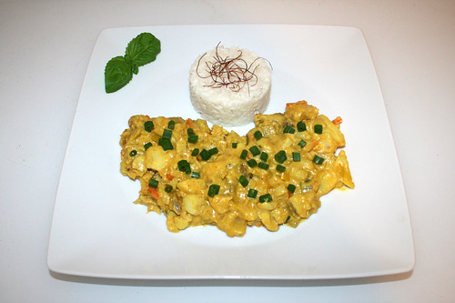 55 - Creamy fish fruit curry with leek & coconut milk - Served / Cremiges Fisch-Früchtecurry mit Lauch & Kokosmilch - Serviert