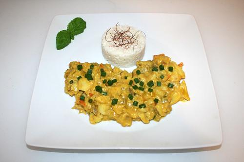 55 - Creamy fish fruit curry with leek & coconut milk - Served / Cremiges Fisch-Früchtecurry mit Lauch & Kokosmilch - Serviert