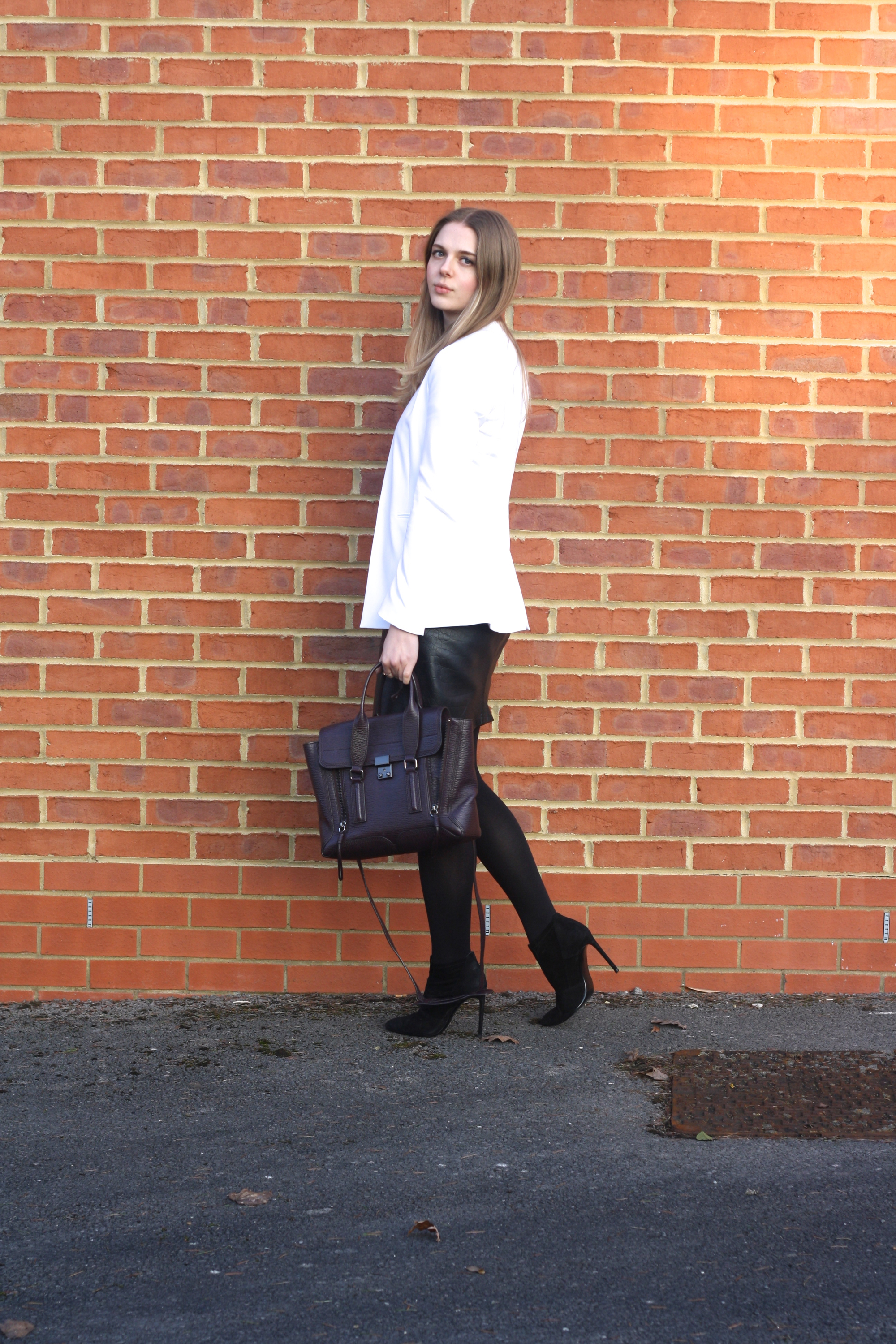 Zara white blazer, Topshop croc leather skirt and Zara black suede boots