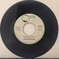 THE NEIGHBORHOOD:BIG YELLOW TAXI(RECORD SIDE-A)