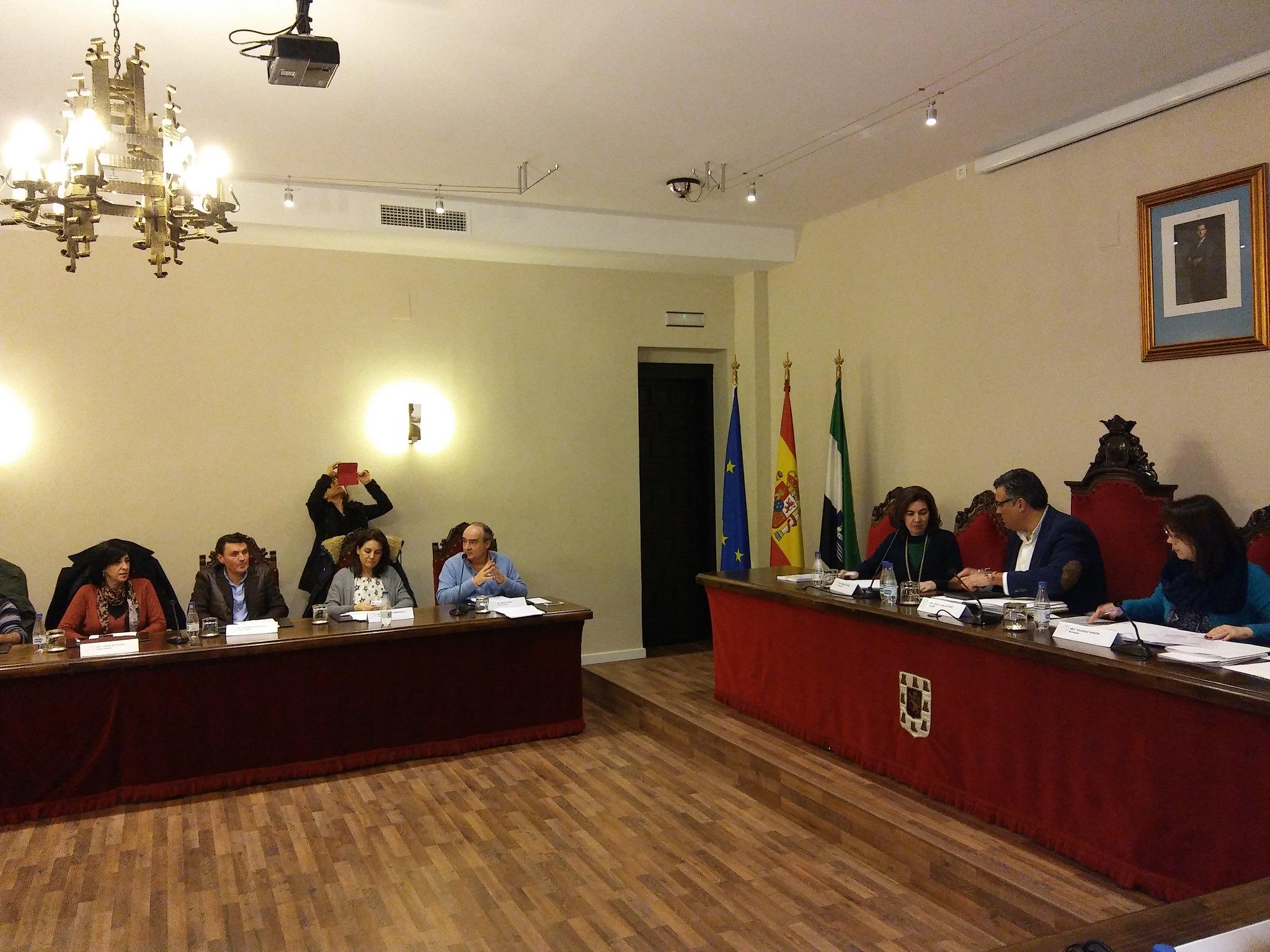 El Ayuntamiento de Coria ha aprobado el Presupuesto General del ejercicio 2017 que asciende a 13.454.982,50 Euros