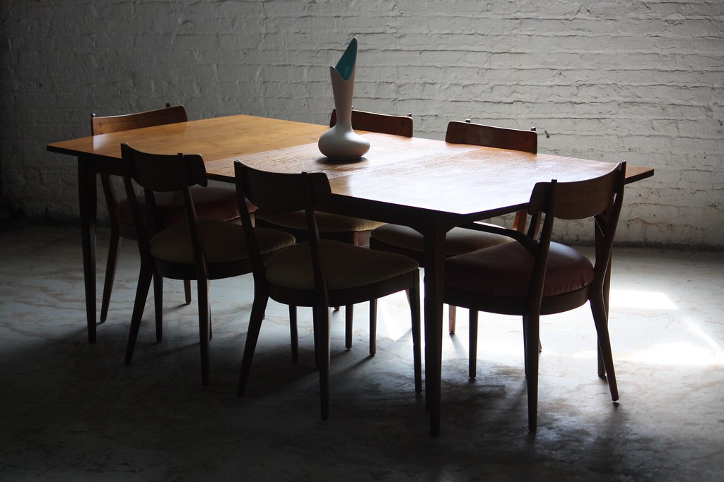Superb Drexel Declaration Mid Century Modern Dining Table And Chairs USA 1950s
