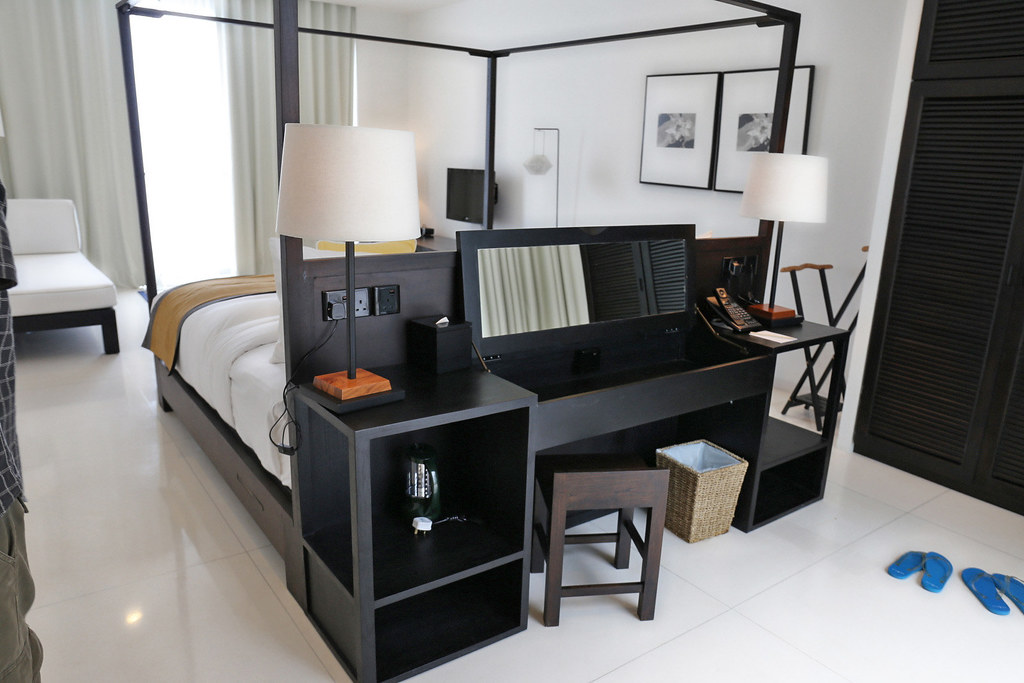 ... Behind The Bed Is A Writing Desk That Opens Up And Becomes A Dressing  Table |