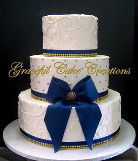 Bow Cake Gold Amd White One Layeerr